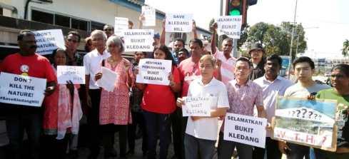 Bukit Kledang digondol, pihak berkuasa Perak gagal laksana tanggungjawab