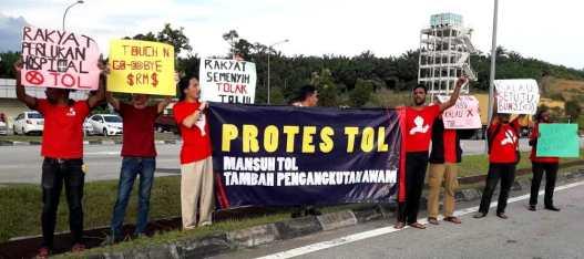 PSM berprotes bantah tol di Semenyih