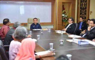 Menteri Pendidikan berjanji untuk hentikan penindasan terhadap pekerja kontrak sekolah